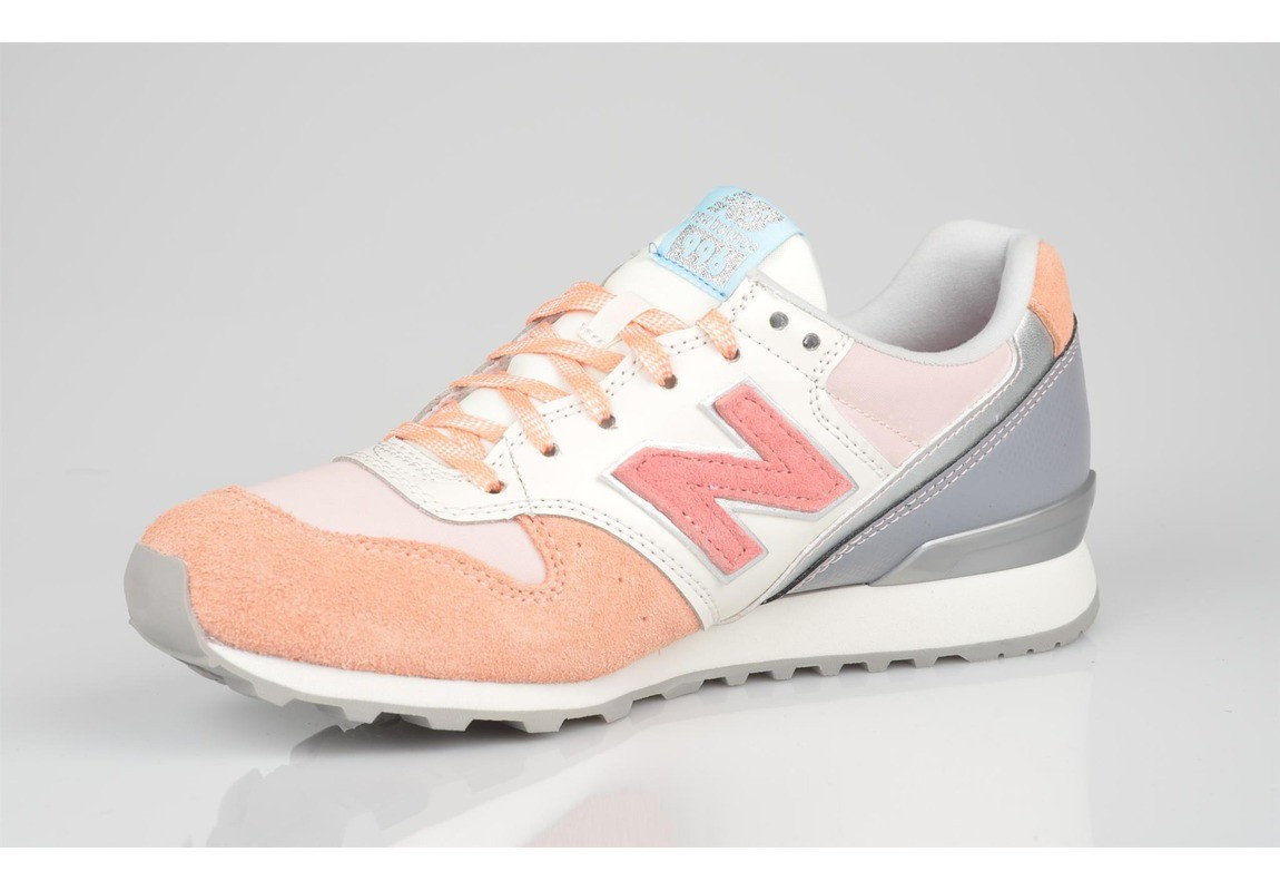 new balance grise corail